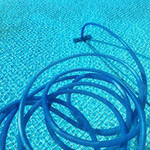 Cleaning tubes in a swimming pool